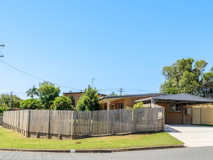 9 Anderson Street, Clinton, QLD