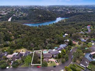 Large Family Home Backing to National Park - Killarney Heights
