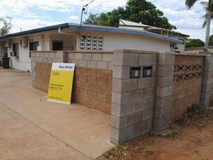DUPLEX  BLOCK 2 BEDDER - Mount Isa