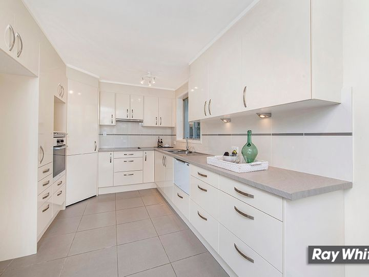 27 Badgery Street, Macquarie, ACT
