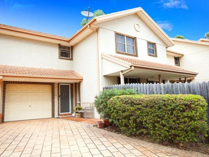 21/380 'Wentworth Gardens' Glenmore Parkway, Glenmore Park, NSW