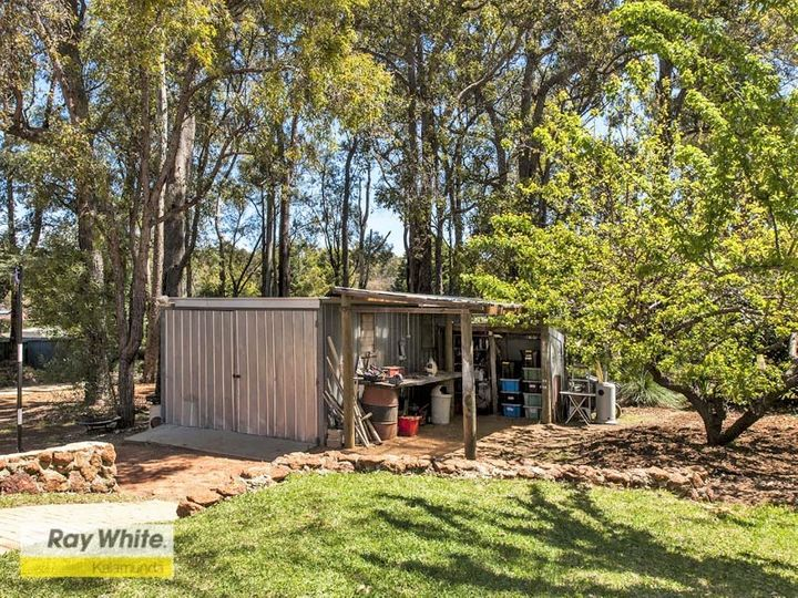 7 Eatts Road, Roleystone, WA
