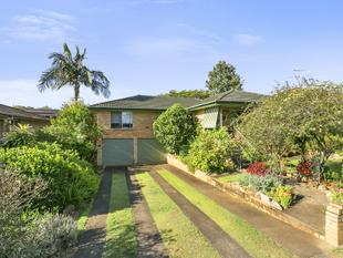 WHEN POSITION IS PARAMOUNT!! - MEDIUM DENSITY DEVELOPMENT WALKING DISTANCE TO GARDEN CITY - Upper Mount Gravatt