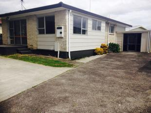 PRICED FOR - QUICK SALE !! - Clendon Park