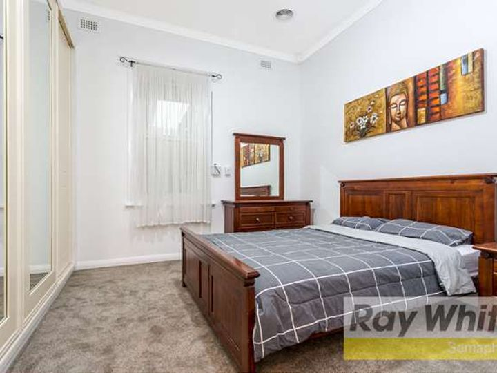 4 Farman Avenue, Hendon, SA