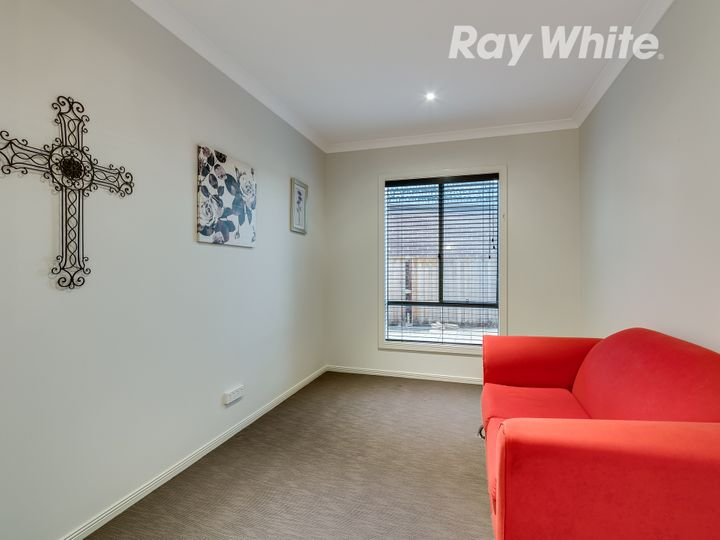 18 Cotchin Close, Wollert, VIC