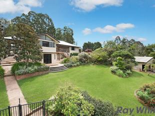 Prestigious Property on a magnificent 1.25 Acres* - North Maleny