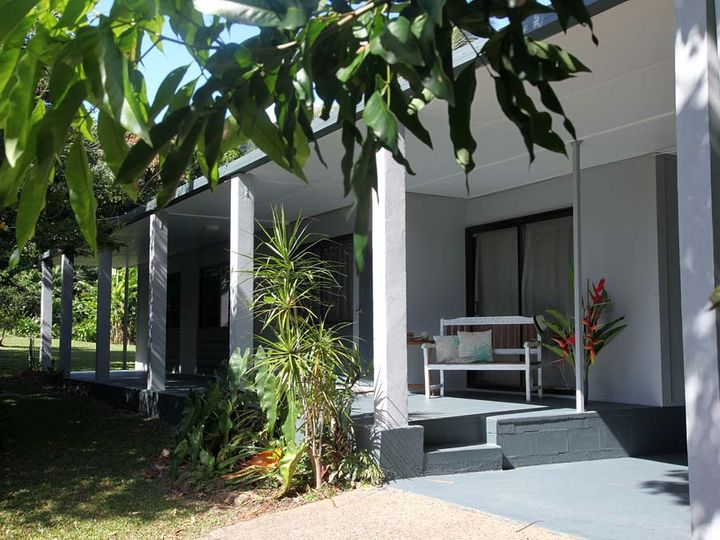 19 Pioneer Street, Bingil Bay, QLD