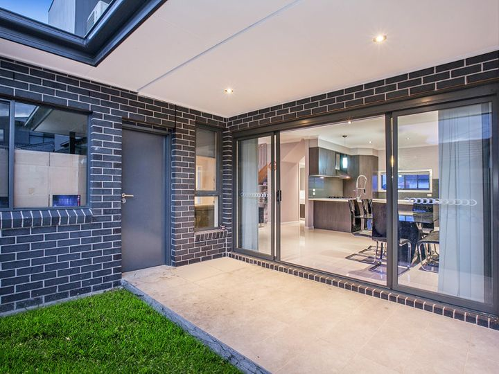 1/39 Spurling Street, Maidstone, VIC