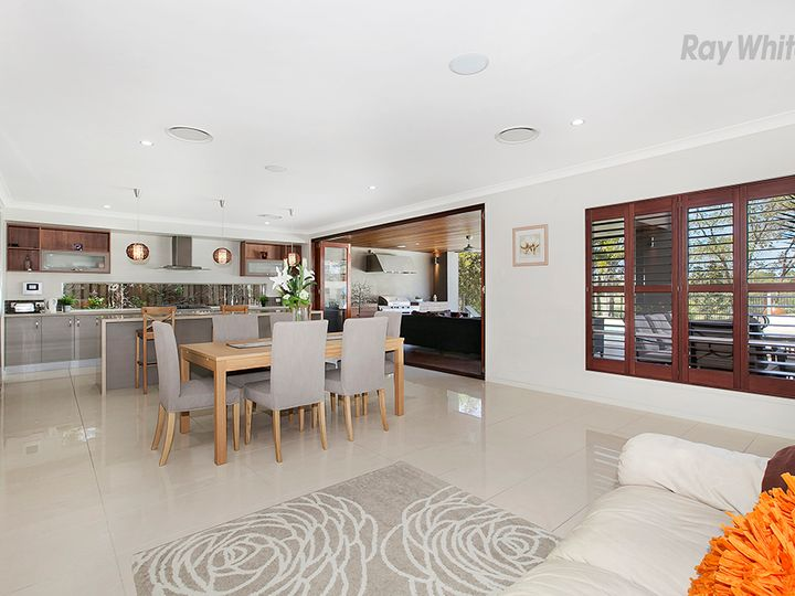 5 Nicklaus Parade, North Lakes, QLD