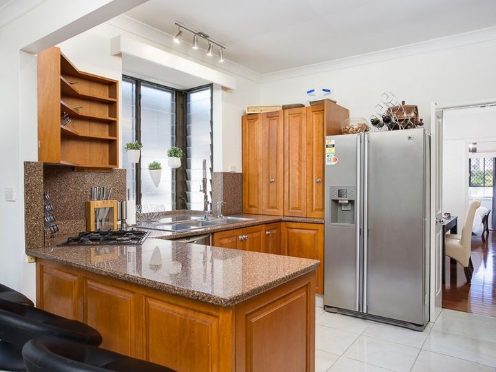 36 Douglas Street, Greenslopes, QLD