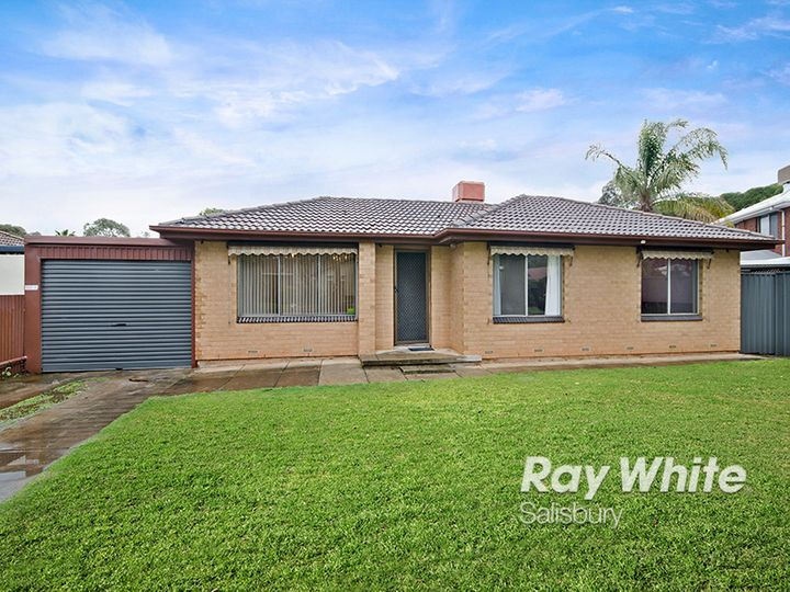 7 Rogers Crescent, Paralowie, SA