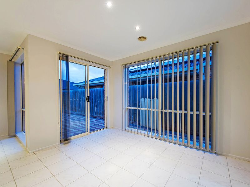 15 buchan court hoppers crossing vic rental house for rent for Furniture 8 hoppers crossing