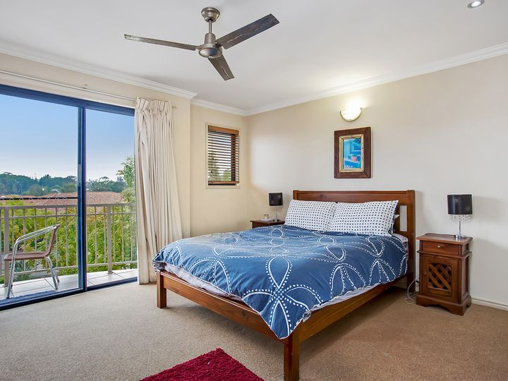 102/4 University Drive, Robina, QLD