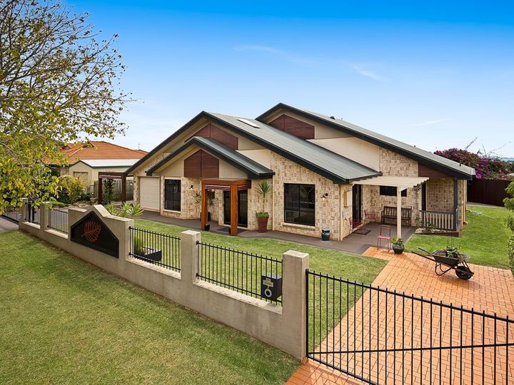 7 Glen Eagles Drive, Middle Ridge, QLD