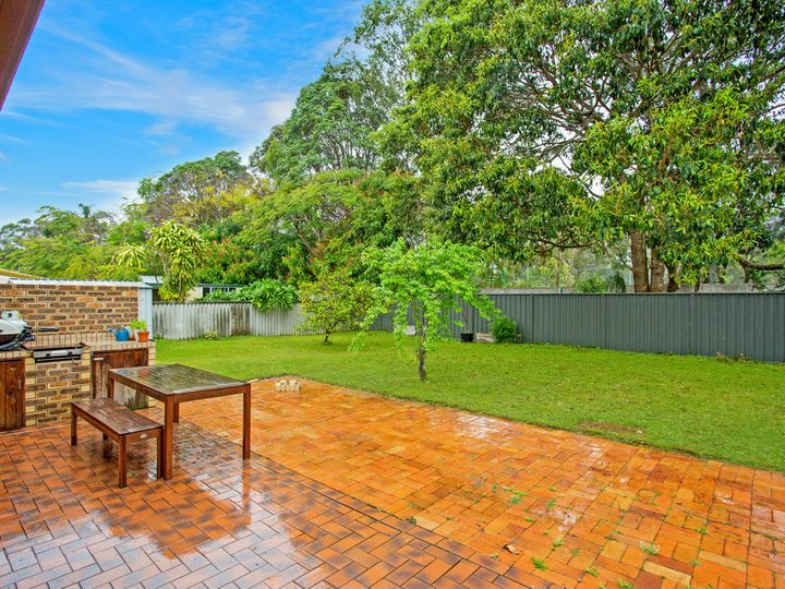 90 Japonica Drive, Palm Beach, QLD