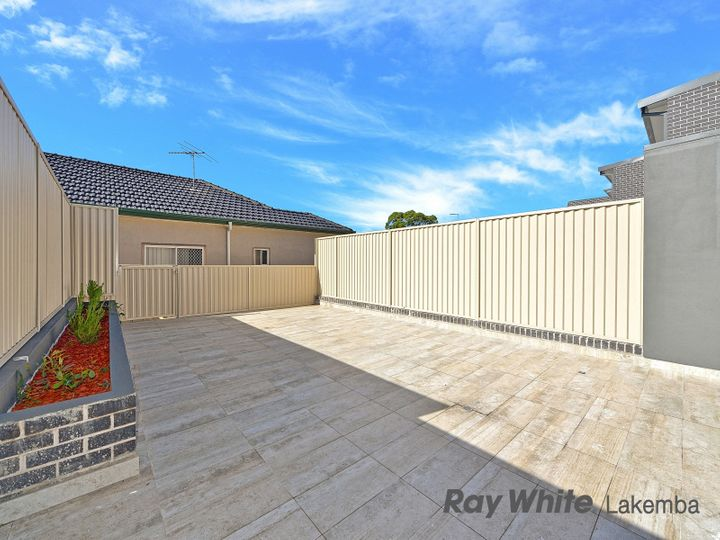 3/329-331 Roberts Road, Greenacre, NSW