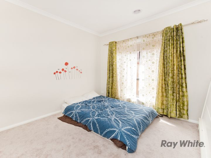 3 Erne Mews, Melton South, VIC