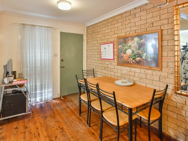 3/224 Harrow Road, Glenfield, NSW