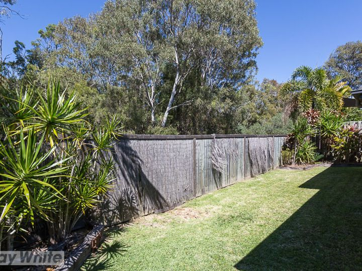 59 Azure Avenue, Redland Bay, QLD