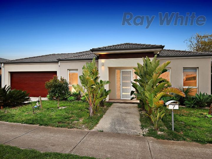 7 Tahlee Road, Point Cook, VIC