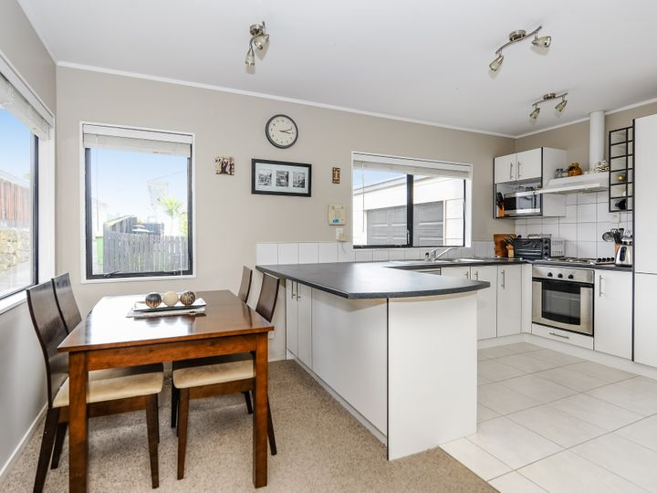 76b Panorama Road, Mount Wellington, Auckland City