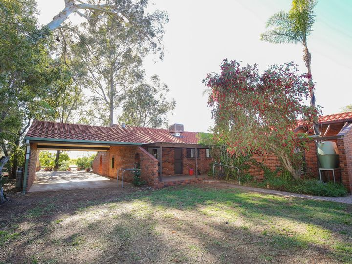 326b Euston Avenue, Cardross, VIC