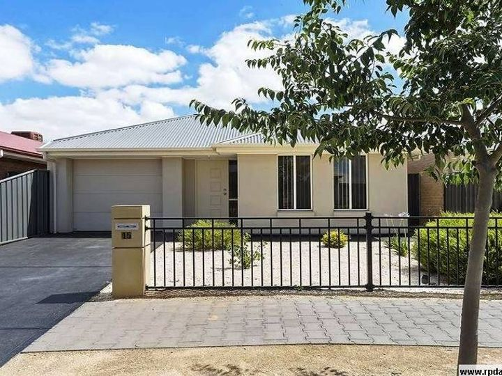 15 Saint Germain Avenue, Andrews Farm, SA