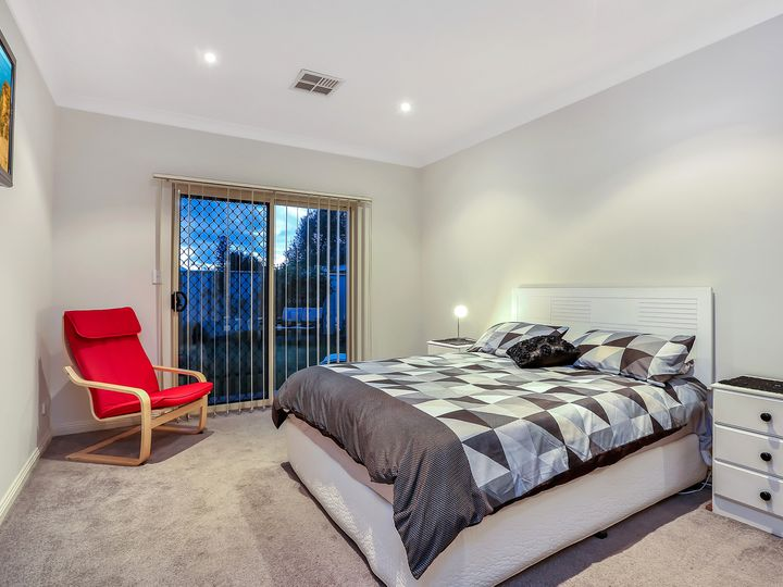 70 Hmas Australia Road, Henley Beach South, SA