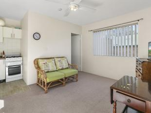 One Bedroom Unit in Central Location - Freshwater