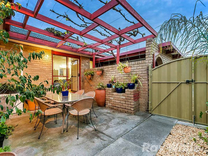 14 Tiffany Avenue, Cheltenham, VIC