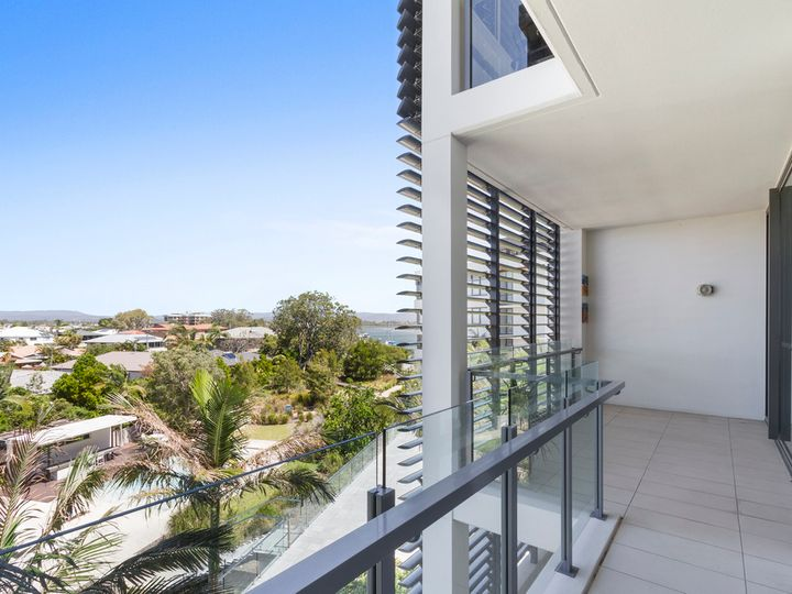 1305/1 Sunset Avenue, Paradise Point, QLD