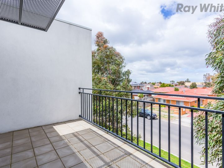 13/21 Trickey Avenue, Sydenham, VIC
