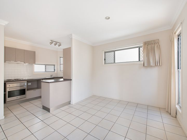 1/58 Kates Street, Morningside, QLD