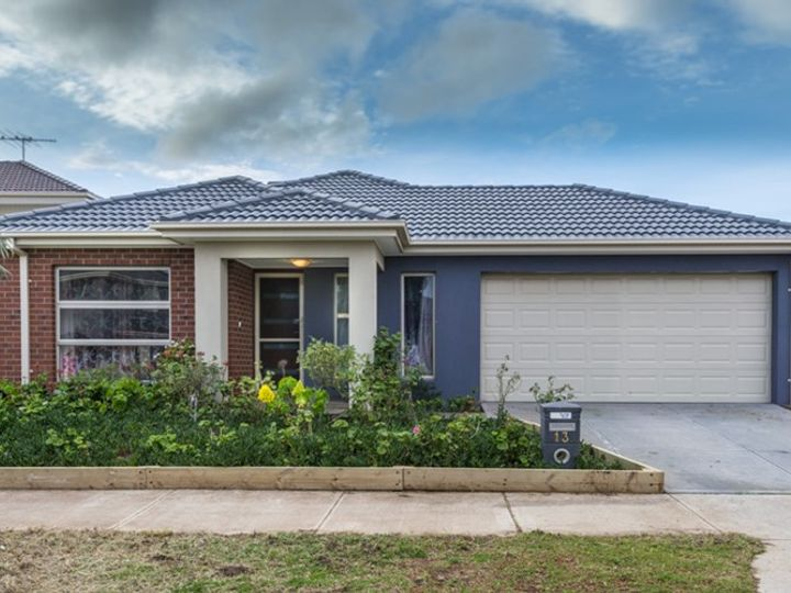 13 Chatham Avenue, Tarneit, VIC