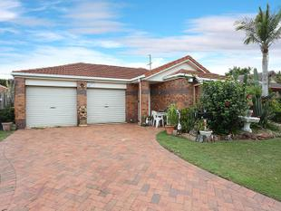 TENANT OF 11 YEARS WANTS AN INVESTOR TO PURCHASE THIS GEM - Sunnybank Hills