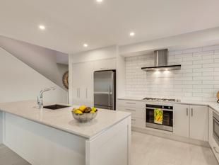 Brand New Exclusive Village Living - Havelock North