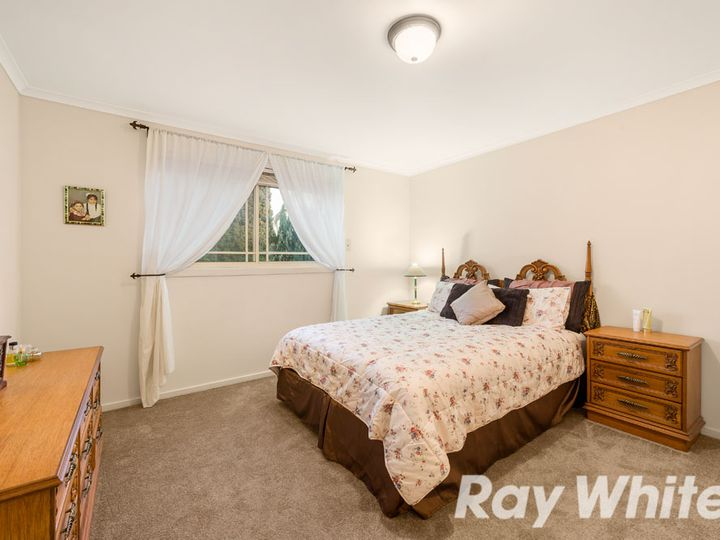 6 Kew Place, Wantirna, VIC