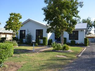 VALUE FOR MONEY LOOKING FOR AN INVESTMENT, FAMILY OR FIRST HOME THIS IS IT. EVERYTHING IS DONE JUST MOVE IN - Goondiwindi