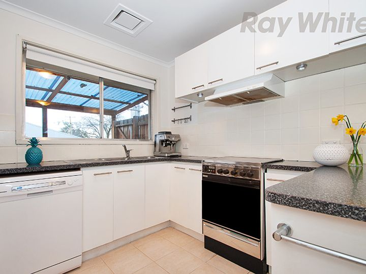 59 FARADAY Road, Croydon South, VIC