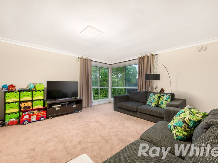 9 Bermuda Drive, Blackburn South, VIC