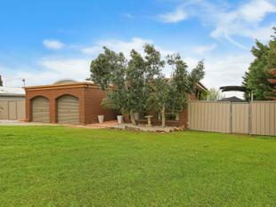 Affordable Water Front - All Offers Will Be Considered!!!!!! - Yarrawonga