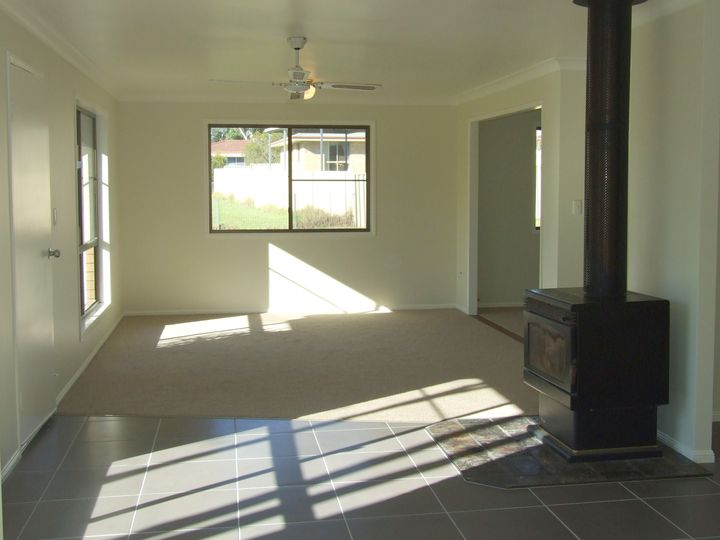 3 Gleeson Street, Crows Nest, QLD