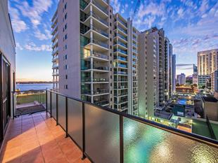 CHEAPEST PENTHOUSE IN THE CITY OPEN SAT 1145AM TO 1215PM - East Perth