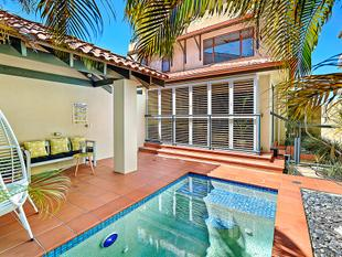 KEEP YOUR COOL - BEACHSIDE DUPLEX ! - Palm Beach