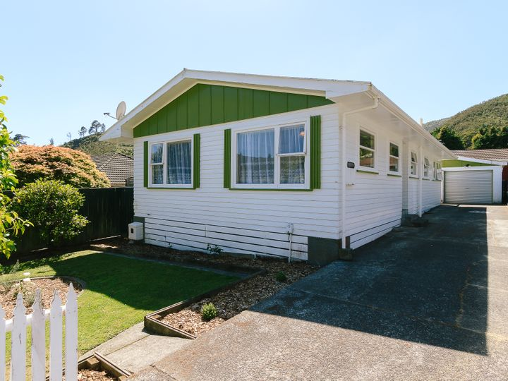5 Willis Grove, Wainuiomata, Lower Hutt City