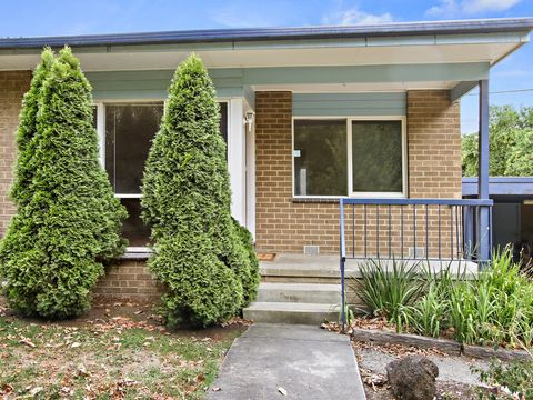 Lilydale, 1/5 Cavehill Road