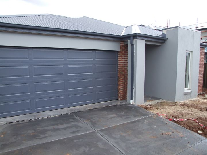 (L153) 14 Fiona Road, Melton South, VIC