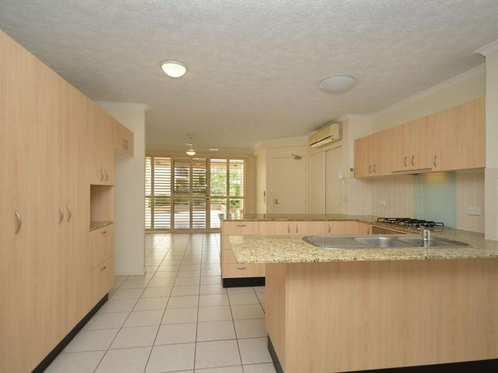 7/4 Park Avenue, Burleigh Heads, QLD
