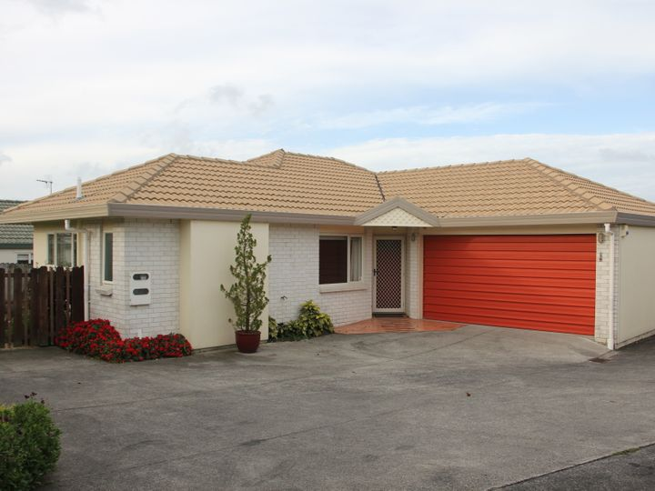 1/144 Whitford Road, Somerville, Manukau City